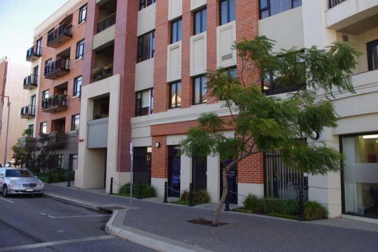 5/72 Cantonment Street Fremantle WA 6160 - Image 4
