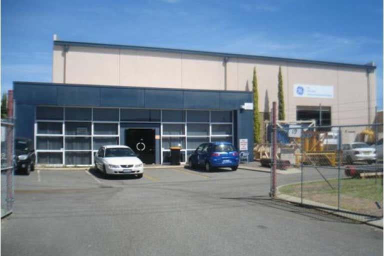 19 Irvine Drive Malaga WA 6090 - Image 1