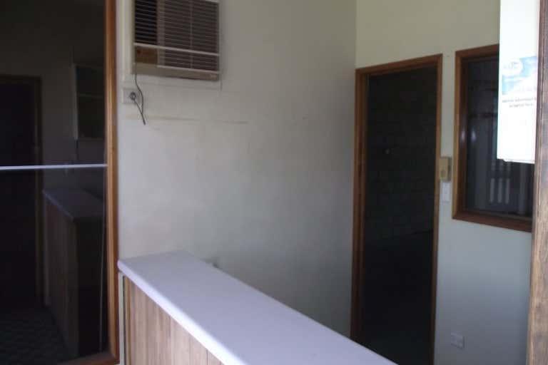 112 DENISON STREET Rockhampton City QLD 4700 - Image 3