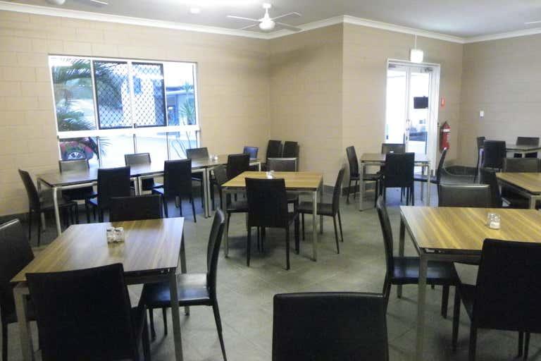 2/36 William Street Kilcoy QLD 4515 - Image 2