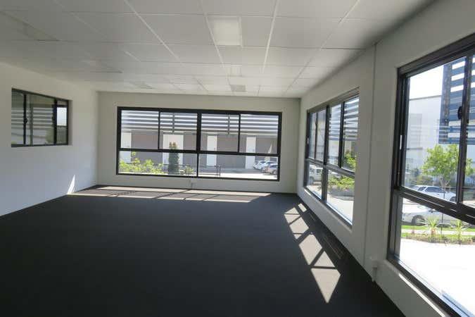 1/15 Motorway Circuit Ormeau QLD 4208 - Image 4