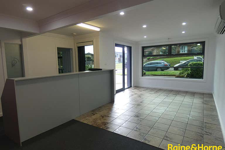 89 Lake road Port Macquarie NSW 2444 - Image 4