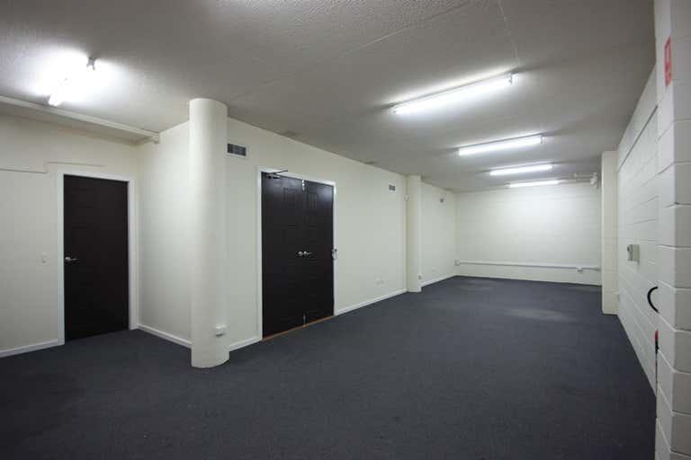 1/1/162 John Street Singleton NSW 2330 - Image 4