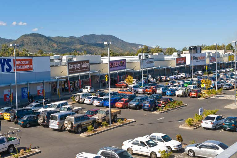 Red Hill Homemaker Centre, 2 & 3, 404-434 YAAMBA ROAD Norman Gardens QLD 4701 - Image 2