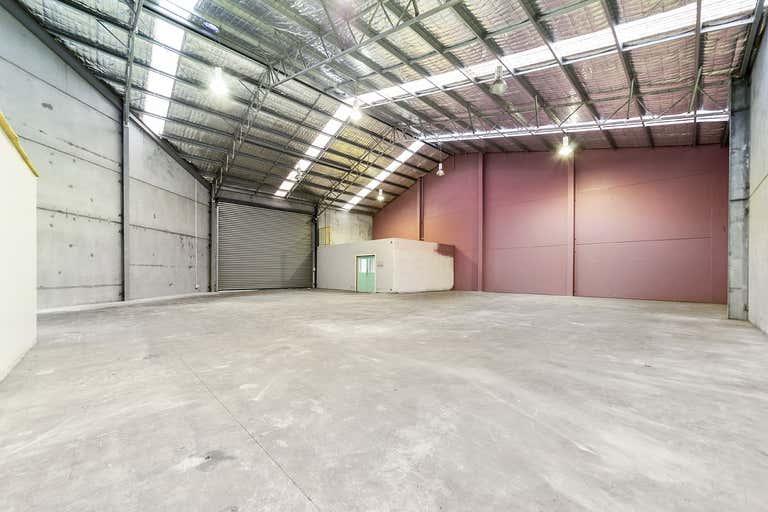 4/10 Doyle Avenue Unanderra NSW 2526 - Image 1