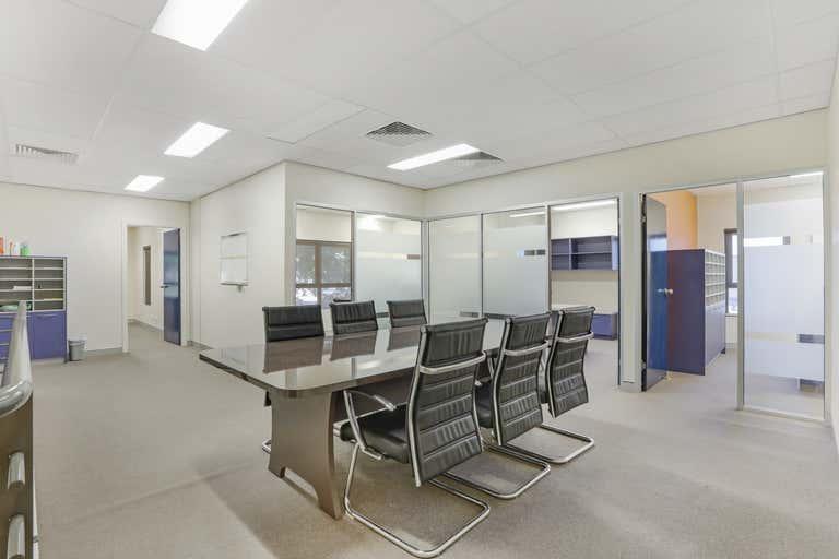8/500 High Street Maitland NSW 2320 - Image 2