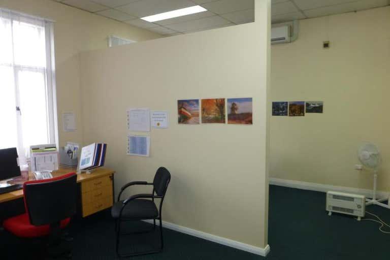 209 Lords Place Orange NSW 2800 - Image 2