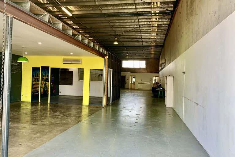 Unit 1, 6 Ereton Drive Arundel QLD 4214 - Image 3