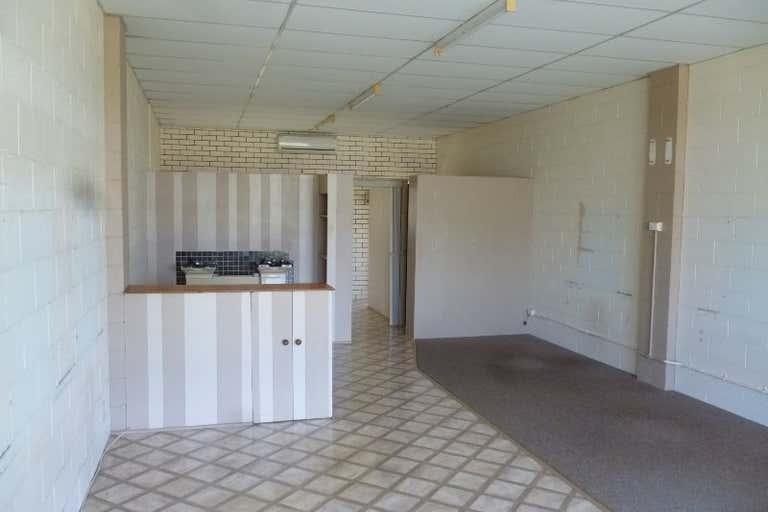 2/8-12 Anning Avenue Golden Beach QLD 4551 - Image 2