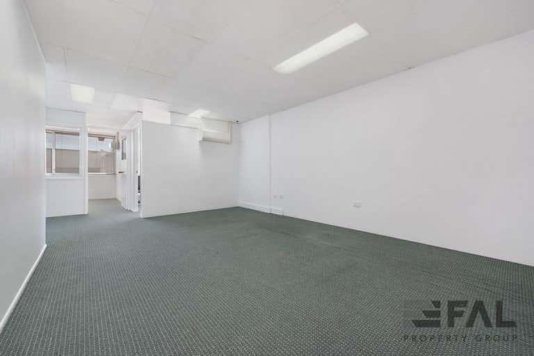 Unit  12B, 29 Links Avenue North Eagle Farm QLD 4009 - Image 2