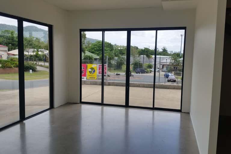 8a Commerce Close Cannonvale QLD 4802 - Image 2
