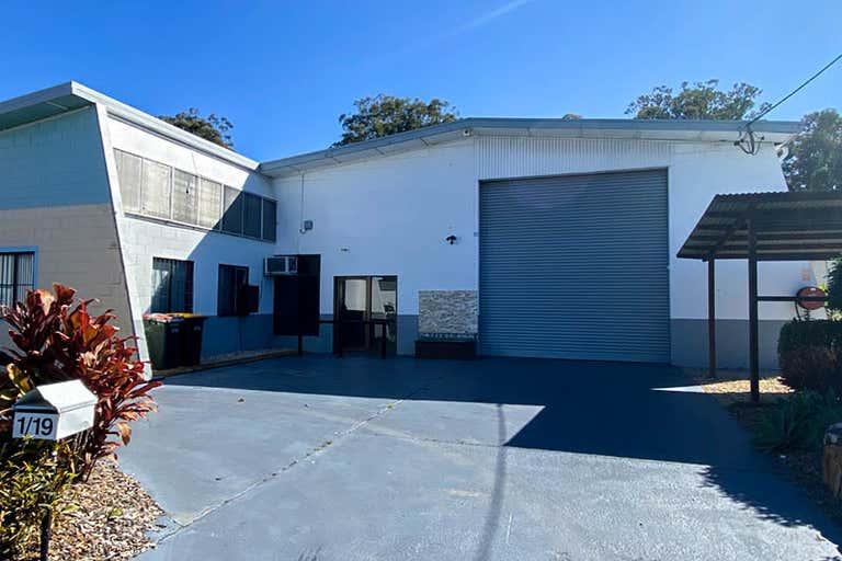 Unit 1/19 Lawson Crescent Coffs Harbour NSW 2450 - Image 3