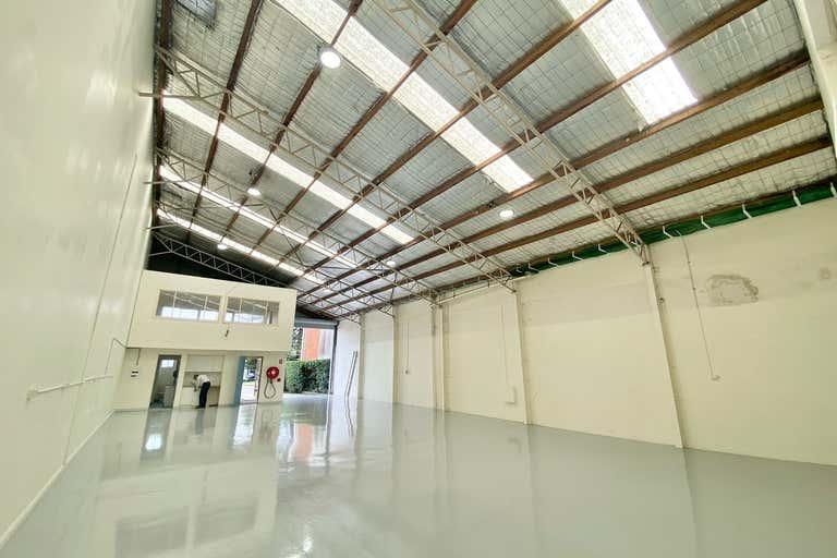 1/9 Perak Street Mona Vale NSW 2103 - Image 2