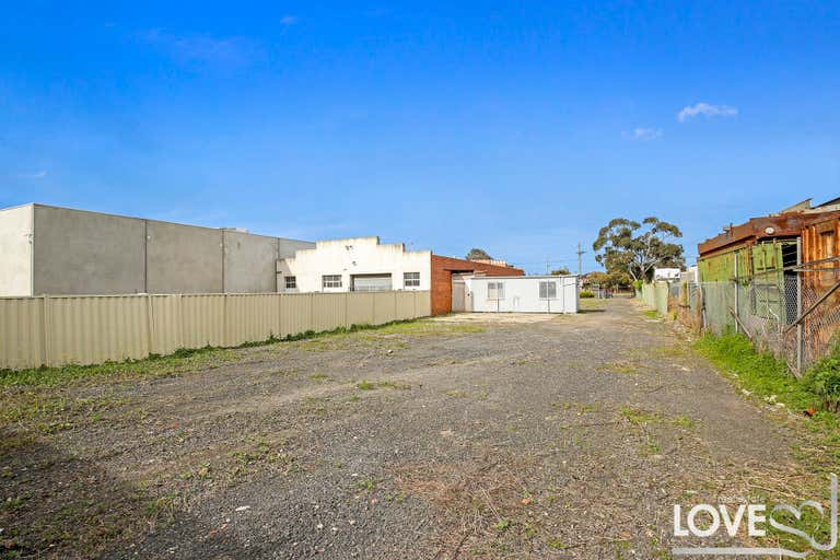 292 Mahoneys Road Thomastown VIC 3074 - Image 3