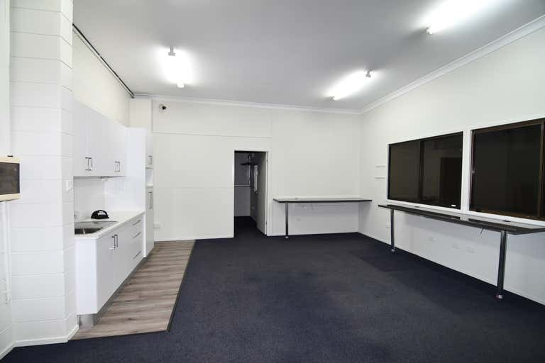 Unit 2, 12-20 Cottell Street Hyde Park QLD 4812 - Image 4