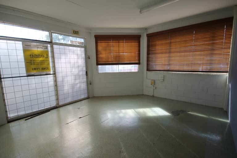 1A/9-11 Trade Street Ormiston QLD 4160 - Image 2