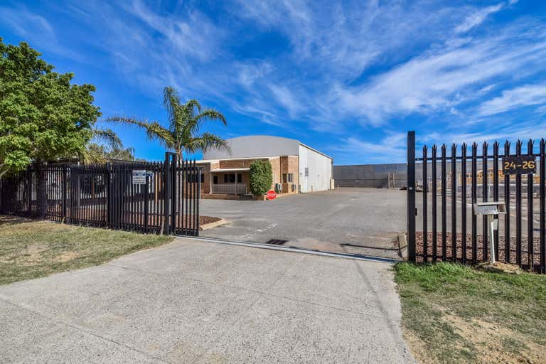 24 Emerald Road Maddington WA 6109 - Image 1