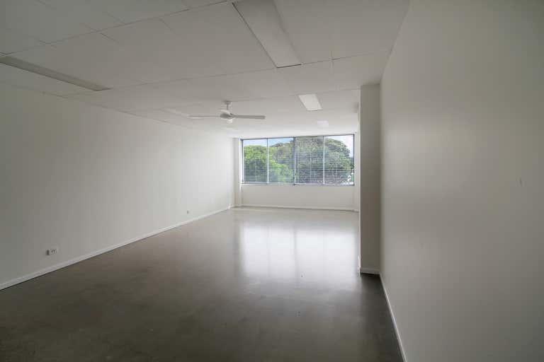 7/10 Grebe Street Peregian Beach QLD 4573 - Image 2
