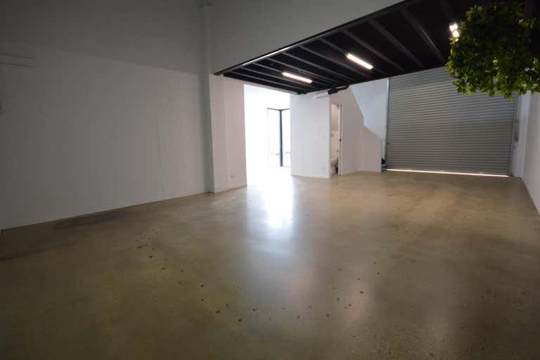 1/12 Simpson Street Kirra QLD 4225 - Image 2