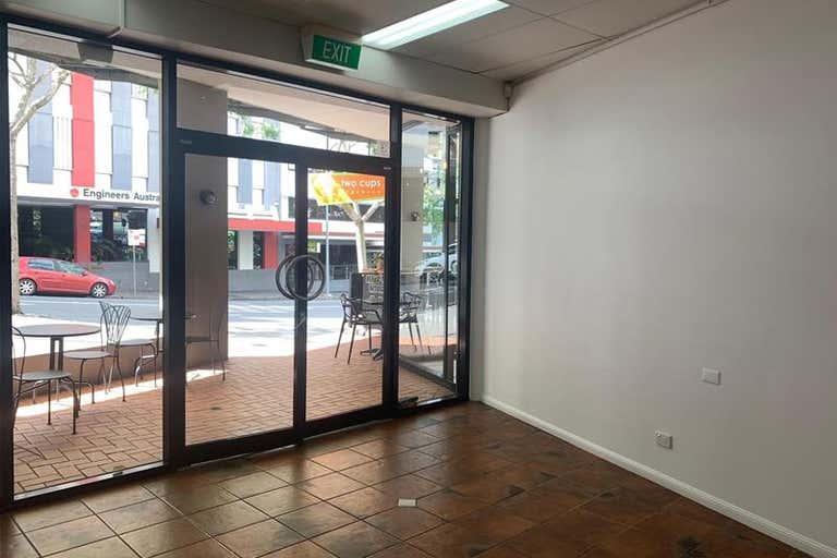 4/470 Upper Edward Street Spring Hill QLD 4000 - Image 2