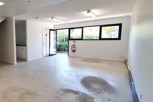 8 Harris Street Maryville NSW 2293 - Image 2