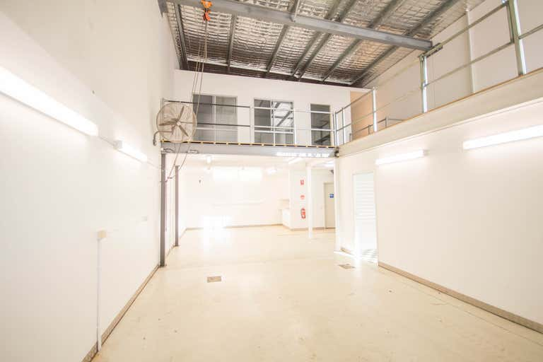 2/19 Millennium Circuit Helensvale QLD 4212 - Image 1