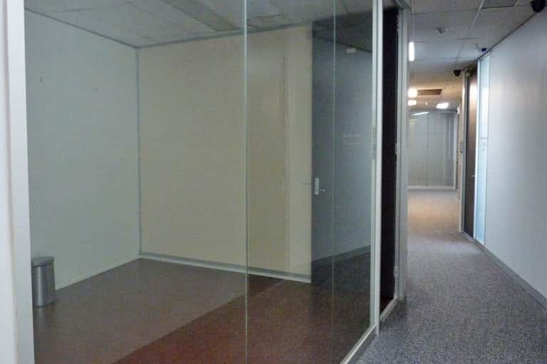 1413/227 Collins Street Melbourne VIC 3000 - Image 3