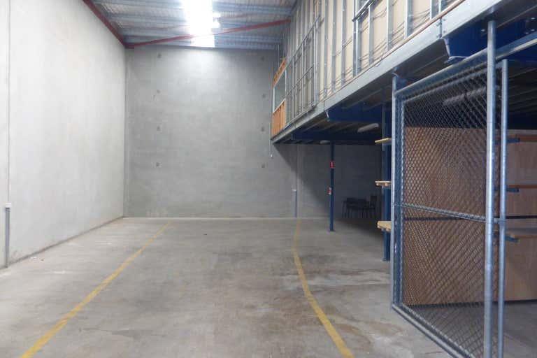 4/18 Penrith Street Jamisontown NSW 2750 - Image 2