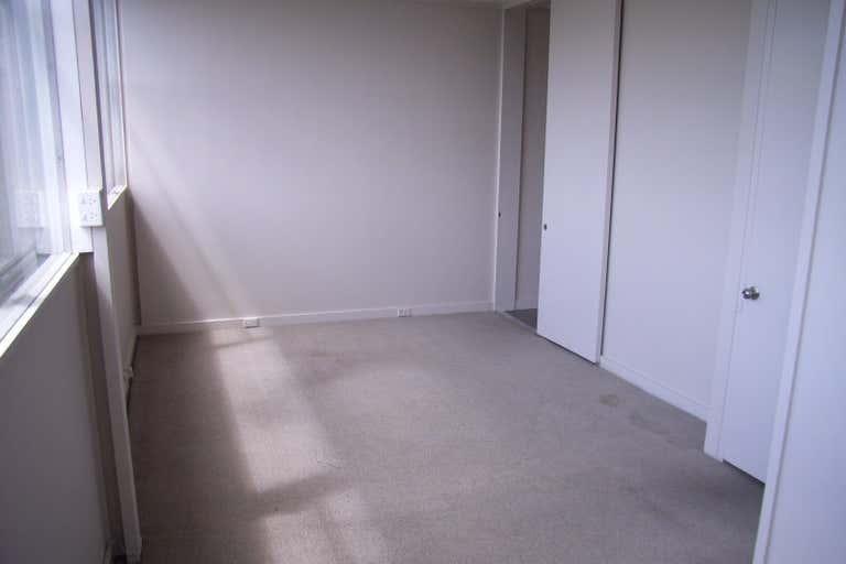 1/251 Latrobe Terrace Geelong VIC 3220 - Image 4