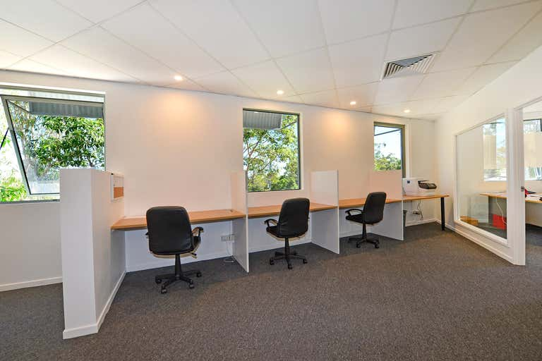 Suite 15/6 Bottlebrush Avenue Noosa Heads QLD 4567 - Image 2