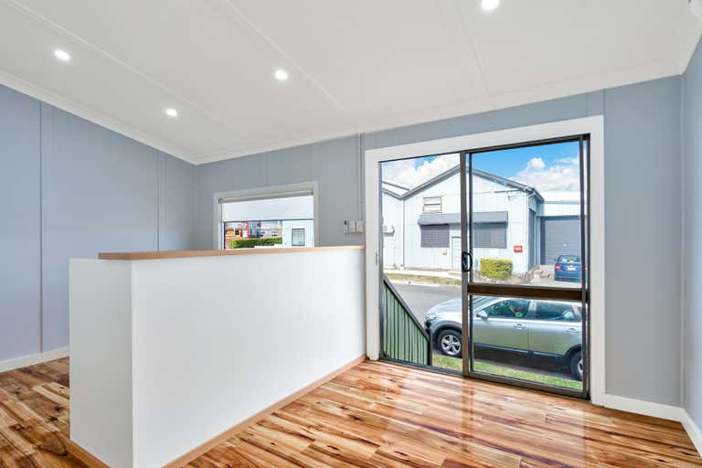 Front office& Rear W'House, 14A/18 Chrome Street Salisbury QLD 4107 - Image 4