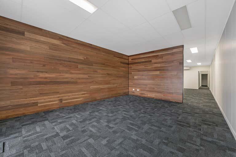 3/137 Ingham Road West End QLD 4810 - Image 4
