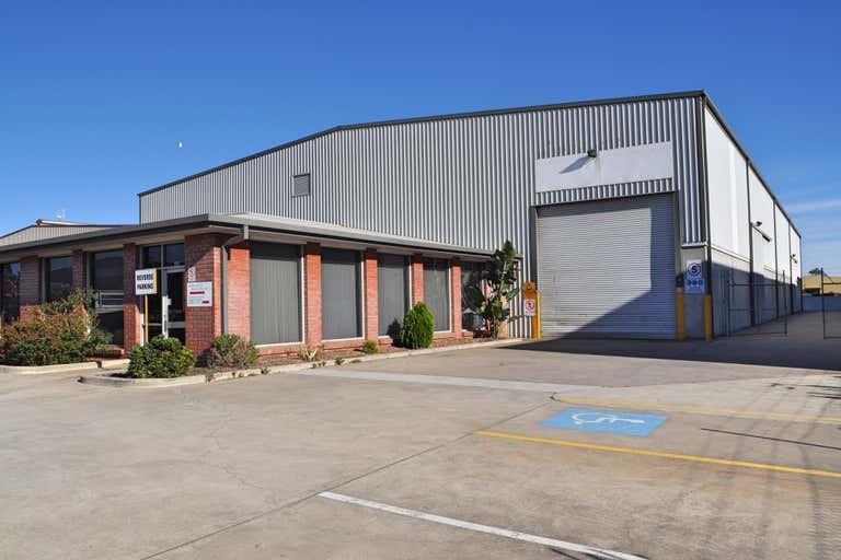 160 Francis Road Wingfield SA 5013 - Image 1