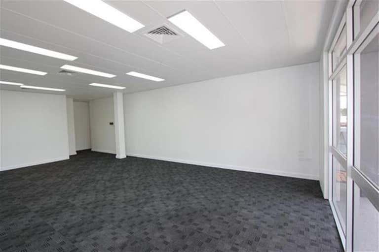1B/3 Dennis Road Springwood QLD 4127 - Image 3