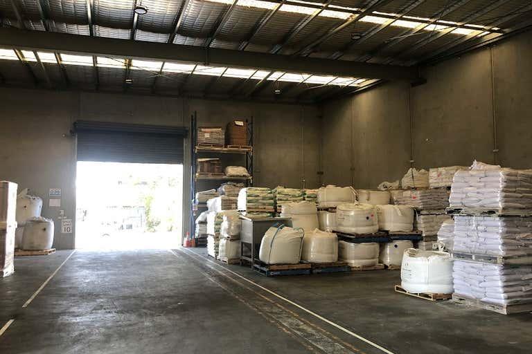 Units 1 & 2, 13 Shaw Road Ingleburn NSW 2565 - Image 4