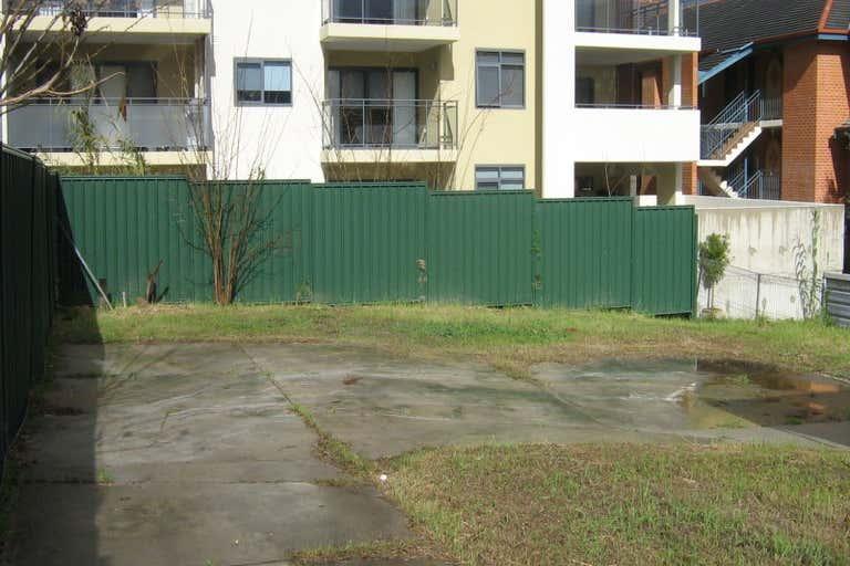 35 Bronte Street East Perth WA 6004 - Image 4