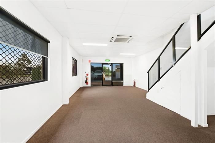 Unit 1, 16 Spit Island Close Mayfield West NSW 2304 - Image 4