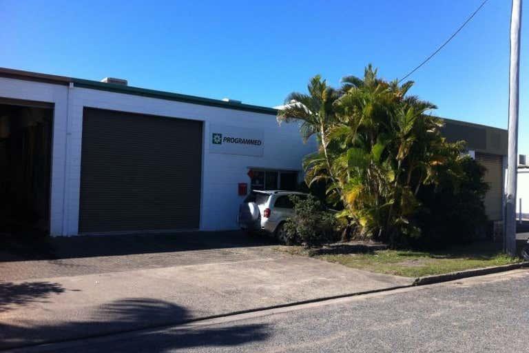 3/1 Chain Street Mackay QLD 4740 - Image 2