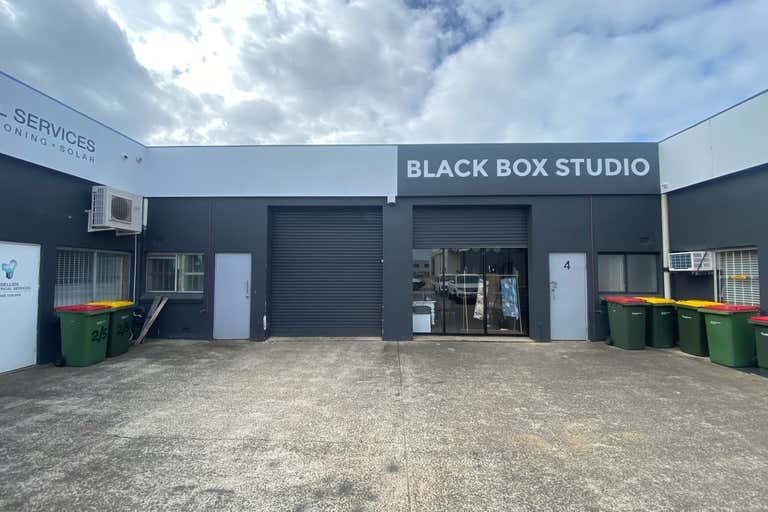 3/5 Commerce Avenue Warana QLD 4575 - Image 1