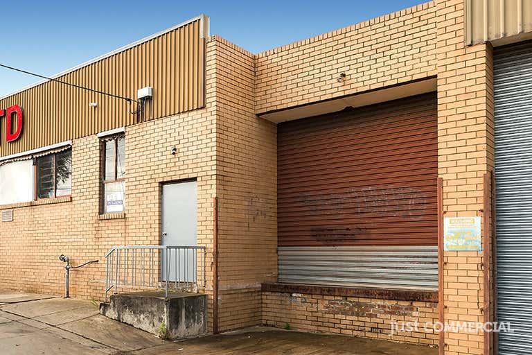 2a/2-4 Mills Street Cheltenham VIC 3192 - Image 2