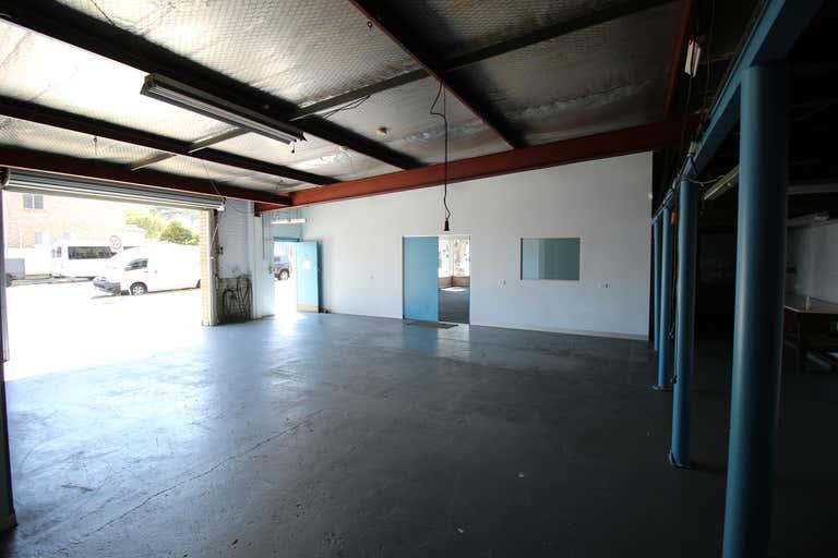 33 Planthurst Road Carlton NSW 2218 - Image 3