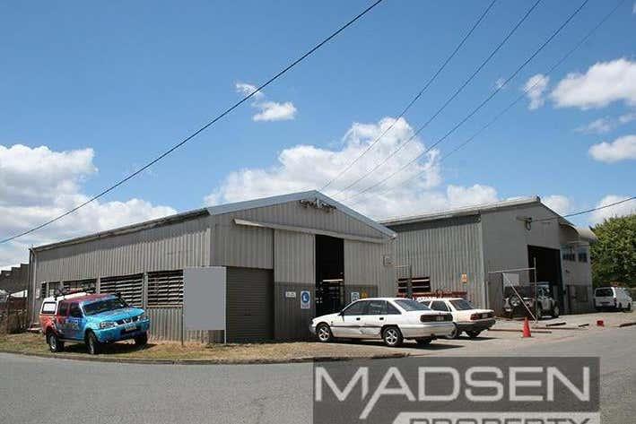 76 Andrew Street Rocklea QLD 4106 - Image 1