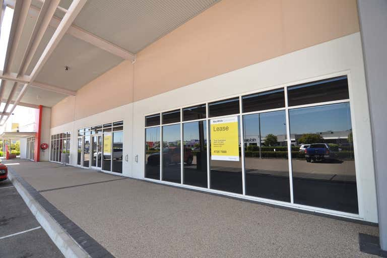 T2, 143 Duckworth Street Garbutt QLD 4814 - Image 2