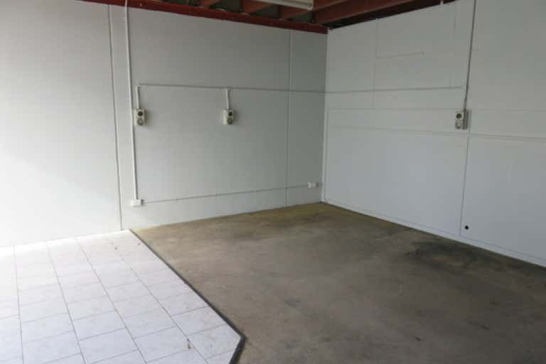 2/5 Amsted Road Bayswater VIC 3153 - Image 4