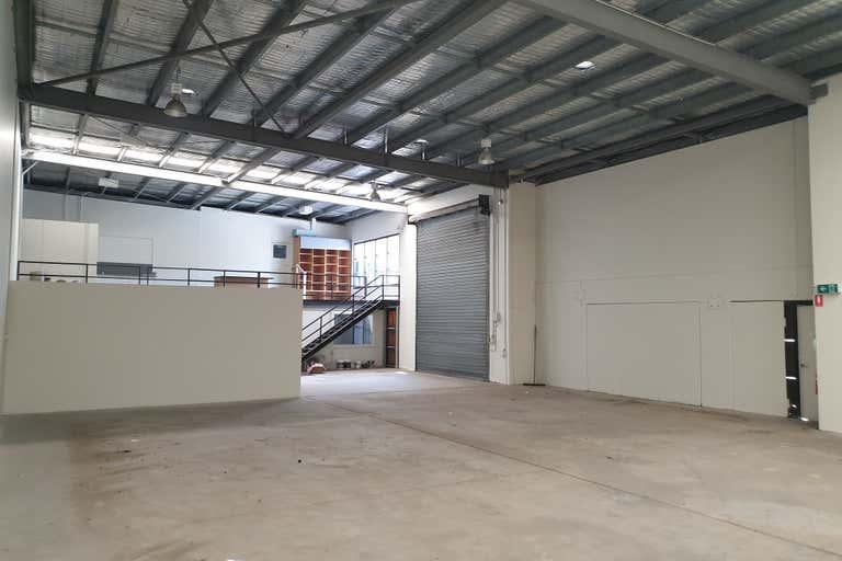 2/112 Fison Avenue Eagle Farm QLD 4009 - Image 4