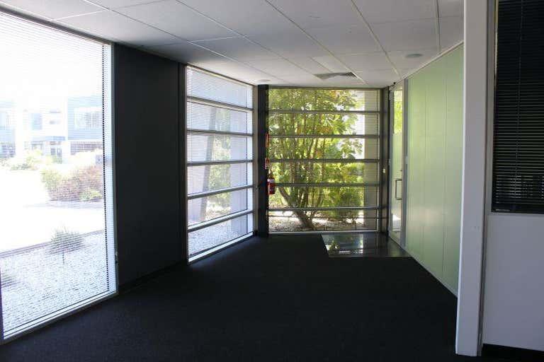 Suite 10b, 84-90 Lakewood Boulevard Braeside VIC 3195 - Image 2