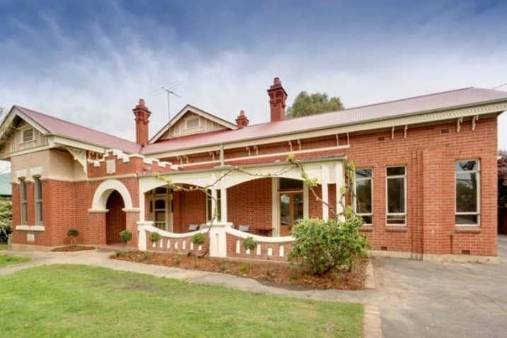 483 SMOLLETT STREET Albury NSW 2640 - Image 1