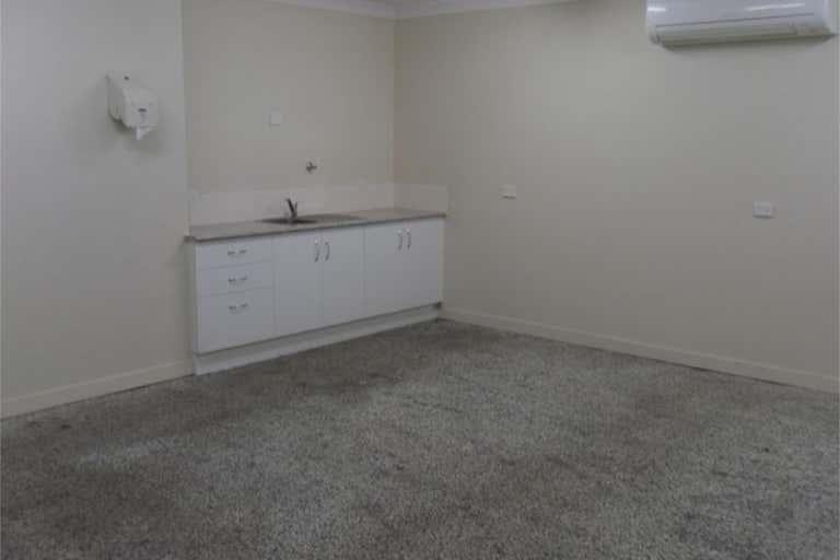 57 Park Street Park Avenue QLD 4701 - Image 3
