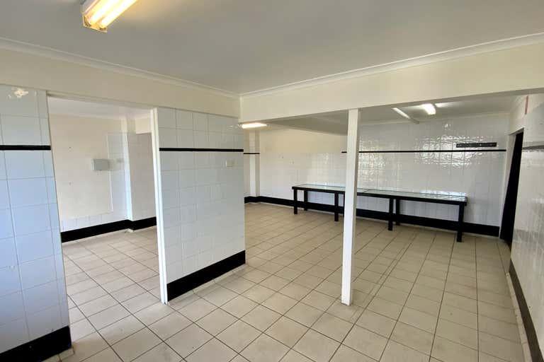 Shop 6, 208-210 Victoria Street Taree NSW 2430 - Image 4