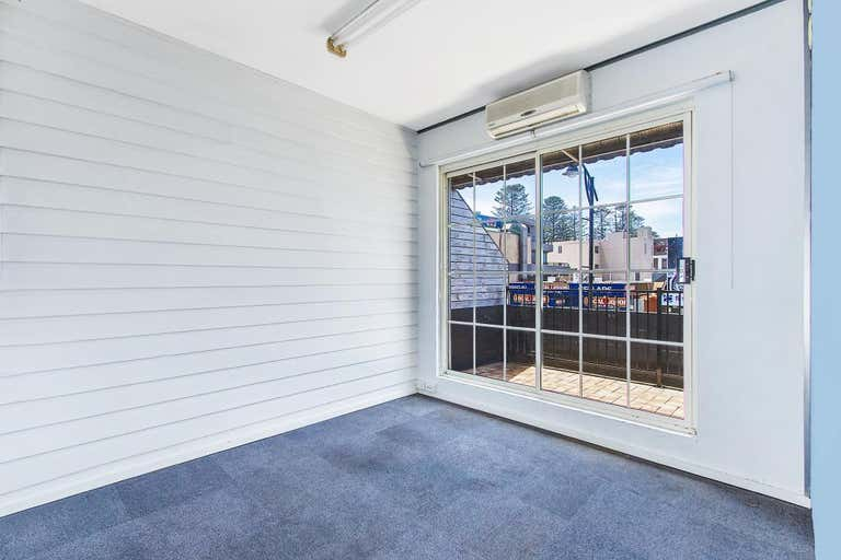 Suite2/1 Campbell Crescent Terrigal NSW 2260 - Image 3